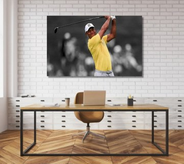 Tiger Woods powerful shot world Champion Canvas Frame / Acrylic Print